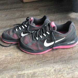 1ece4275de3 Women s Nike Dual Fusion Run 3 Running Shoes on Poshmark